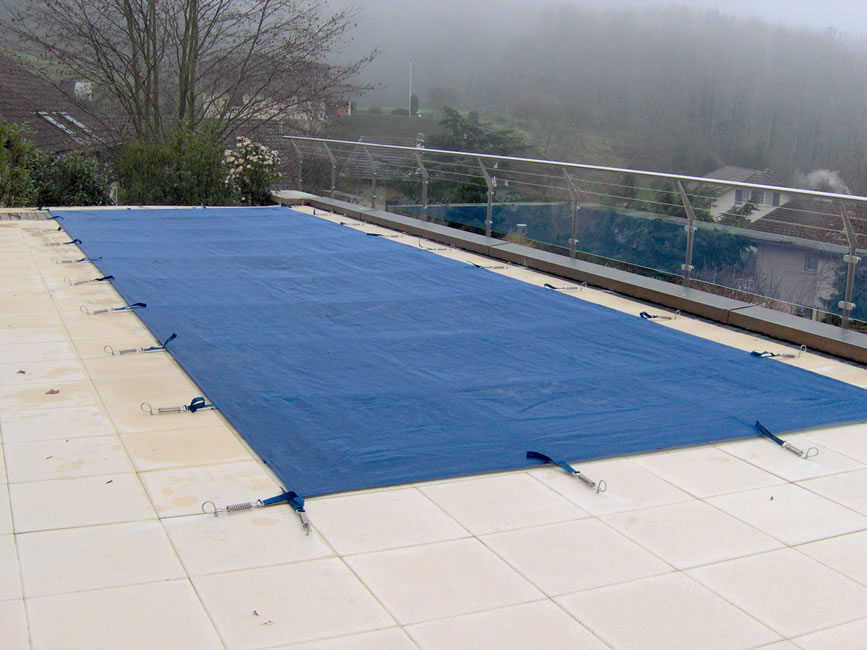 vente equipement de protection de piscine