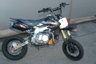 dirt bike 125cc pas cher tornado pros motocross moteur shineray 125cc. Black Bedroom Furniture Sets. Home Design Ideas