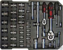 caisse a outils pas cher complete roulante valise a roulettes maxi caisse a. Black Bedroom Furniture Sets. Home Design Ideas