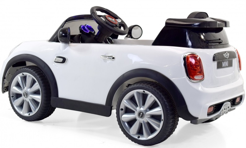 voiture electrique pour bebe mini cooper mp3 telecommande pas cher idee cadeau noel. Black Bedroom Furniture Sets. Home Design Ideas